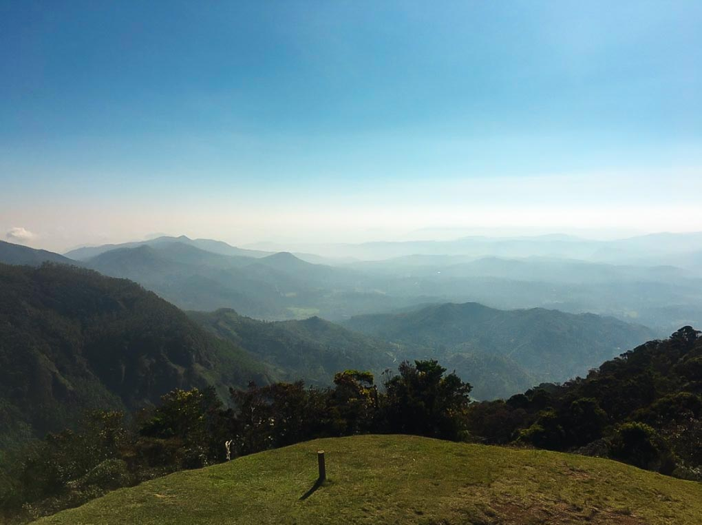 The views from the Moon Plains in nuwara Eliya, Sri Lanka