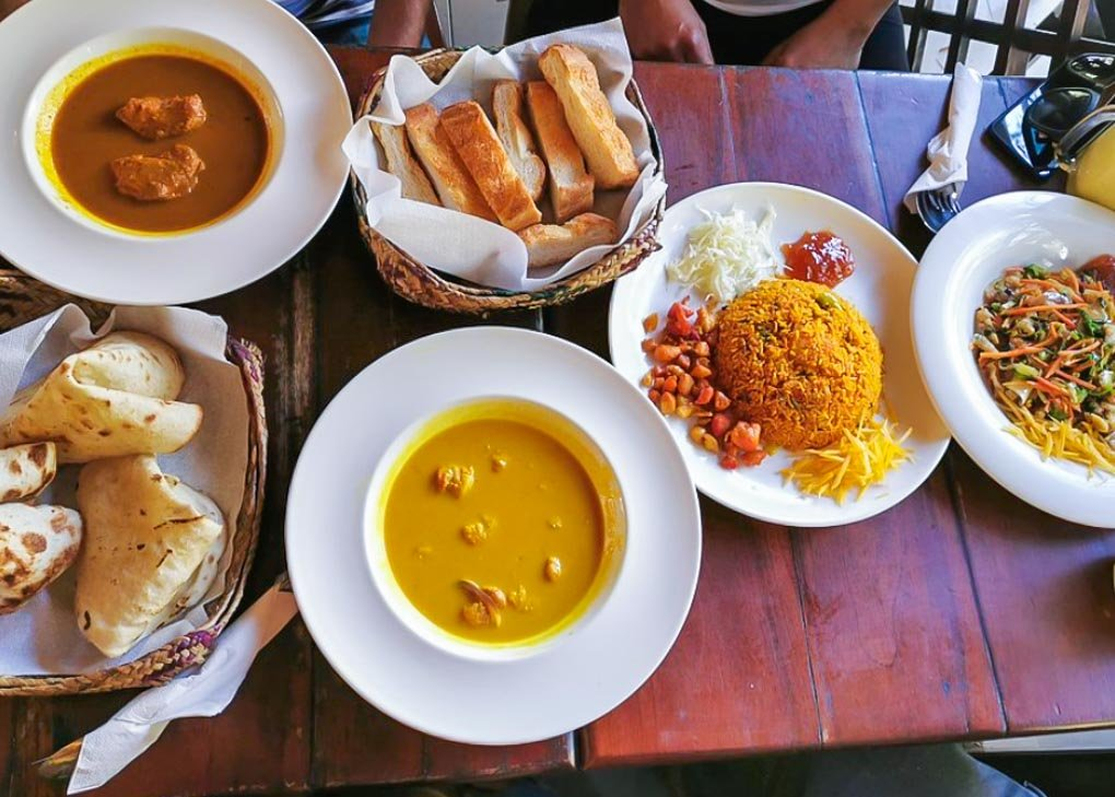 A few dishes at Themparadu Restaurant in Nuwara Eliya