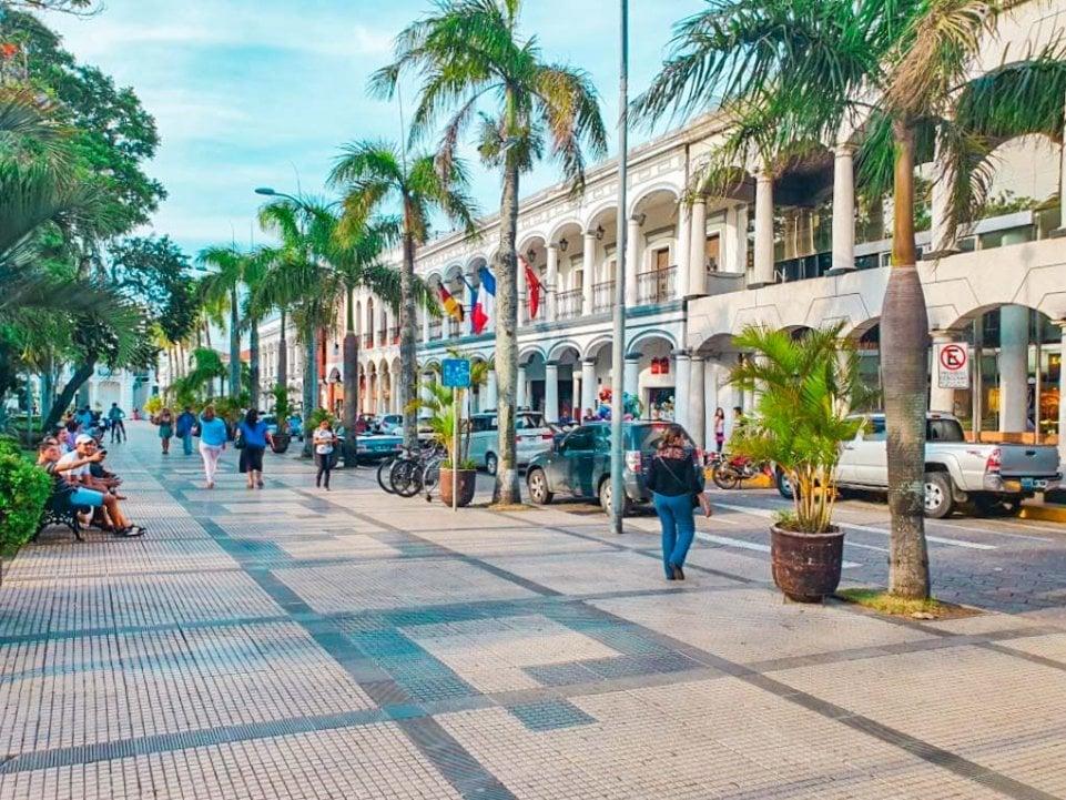 Plaza 24 de Setiembre in Santa Cruz, Bolivia