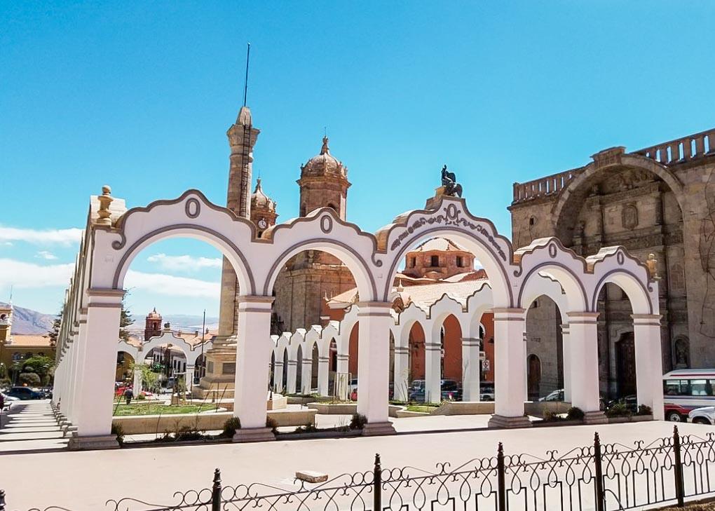 Plaza 10 de Noviembre in Potosi