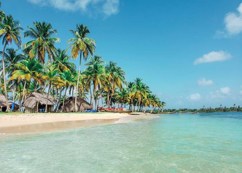A secluded Island on our San Blas Islands tour from Panama