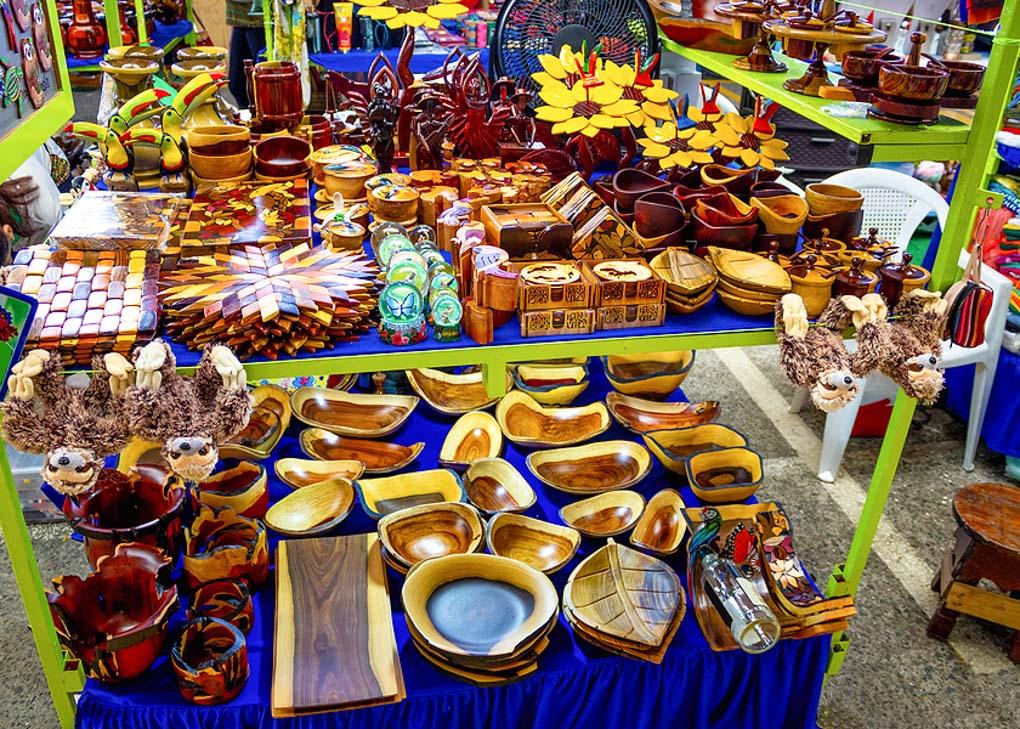 puerto viejo handicraft market