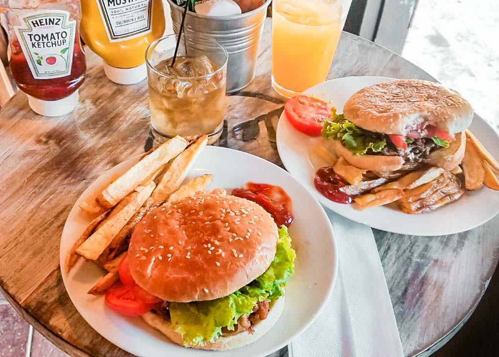 meal at Dale Pues Restaurant in San Juan del Sur