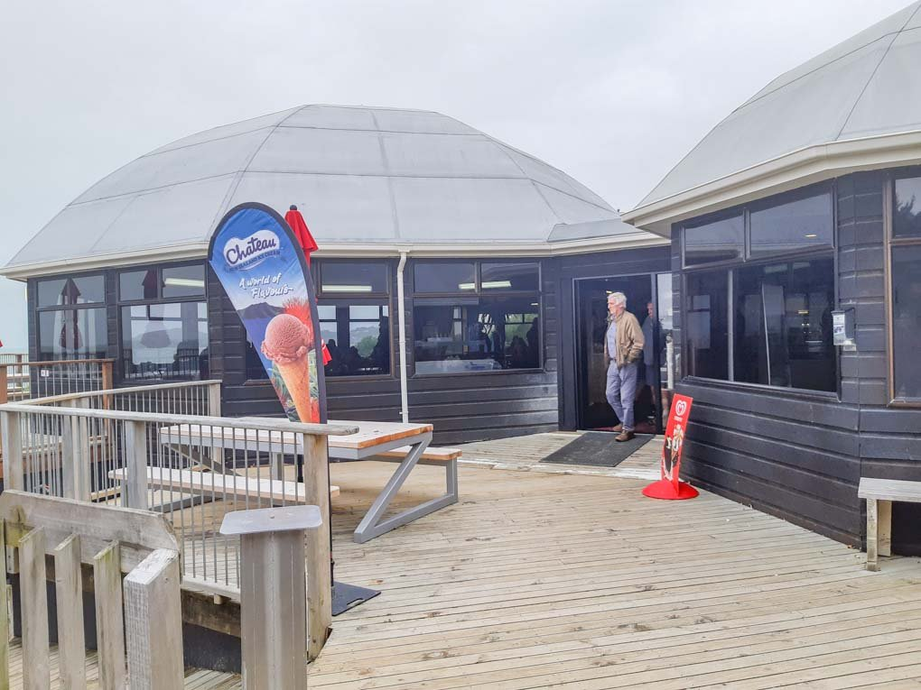 the front entrance of the Moeraki Boulders Cafénear Moeraki Beach