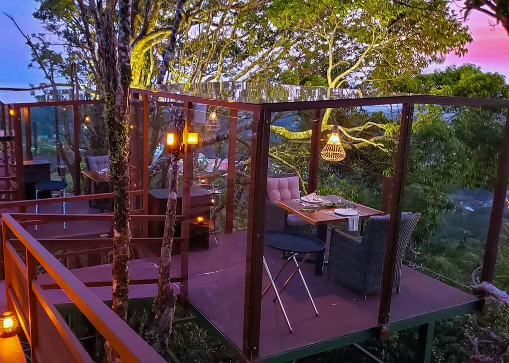 The tree top dinning experience at San Lucas, Monteverde