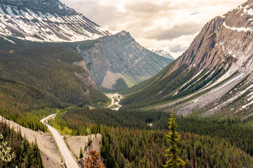 The view from Big Hill just after Big Bend on the Icefields Parkway