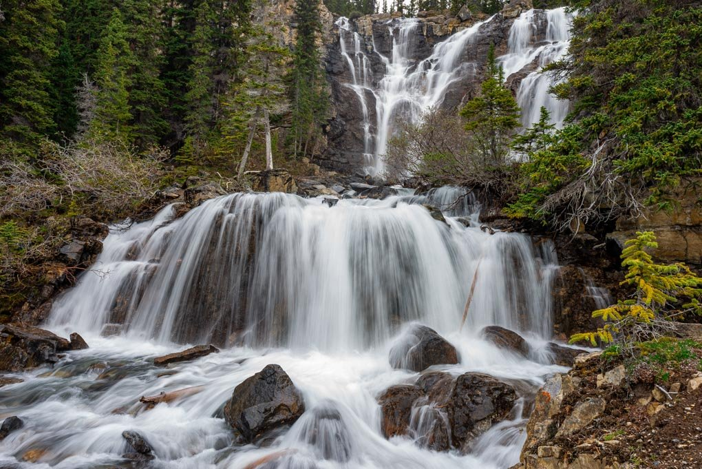 Tangle Creek Fallsalong the Icefields Parkway in Canada