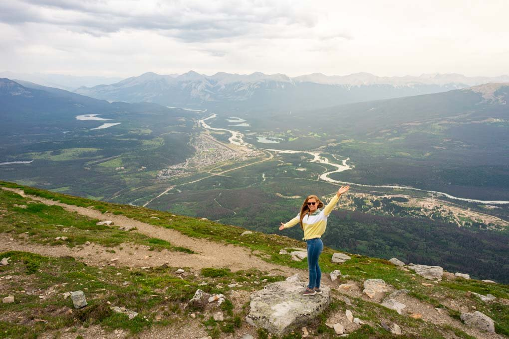 Bailey standing at the top of the Sky tram admiring the views of jasper below