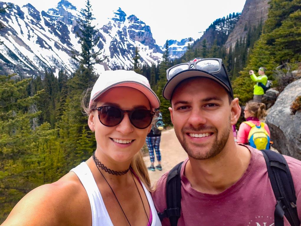 Bailey and Daniel take a selfie on the Lake Agnes Tea House Hike