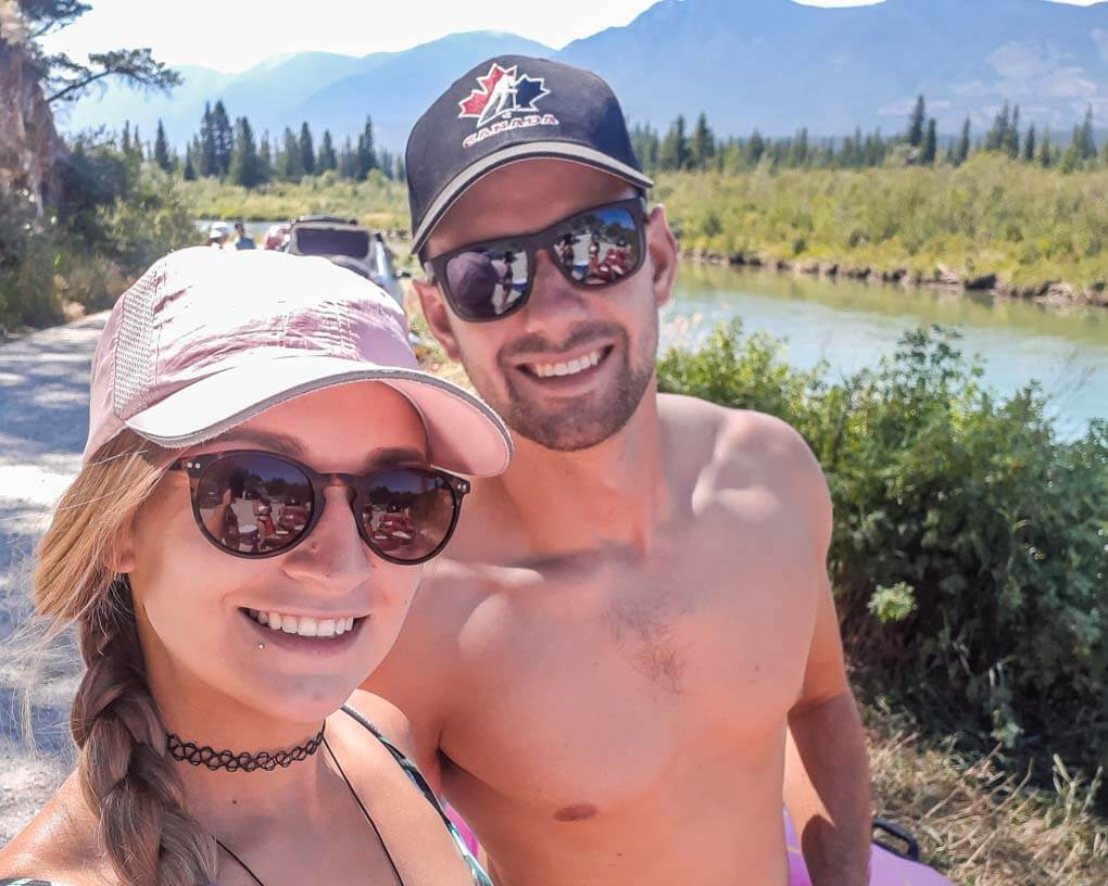 Daniel and Bailey take a selfie before starting the Columbia River float