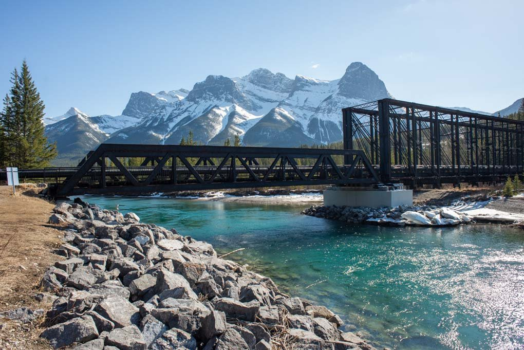 More views on the Bow River Loop