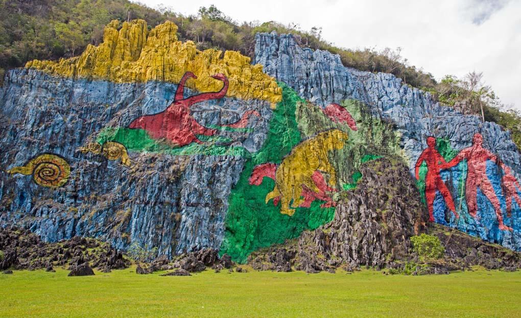 Mural de la Prehistoria Viñales
