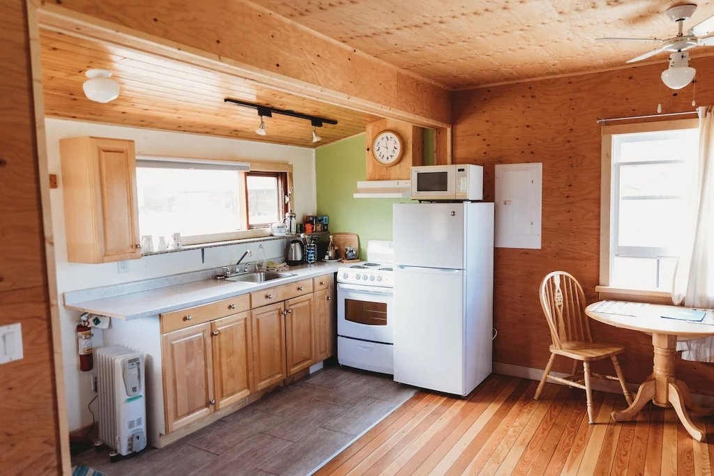the mac shack holiday home studio in Vernon, VC