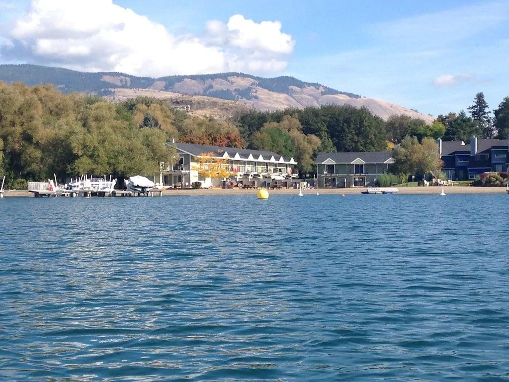townhouse holiday rental on Kalmalka Lake near Vernon