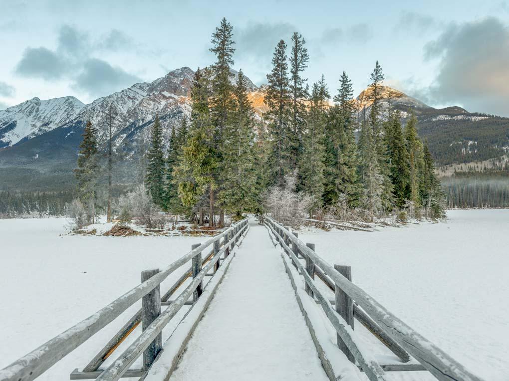 Pyramid Lake winter