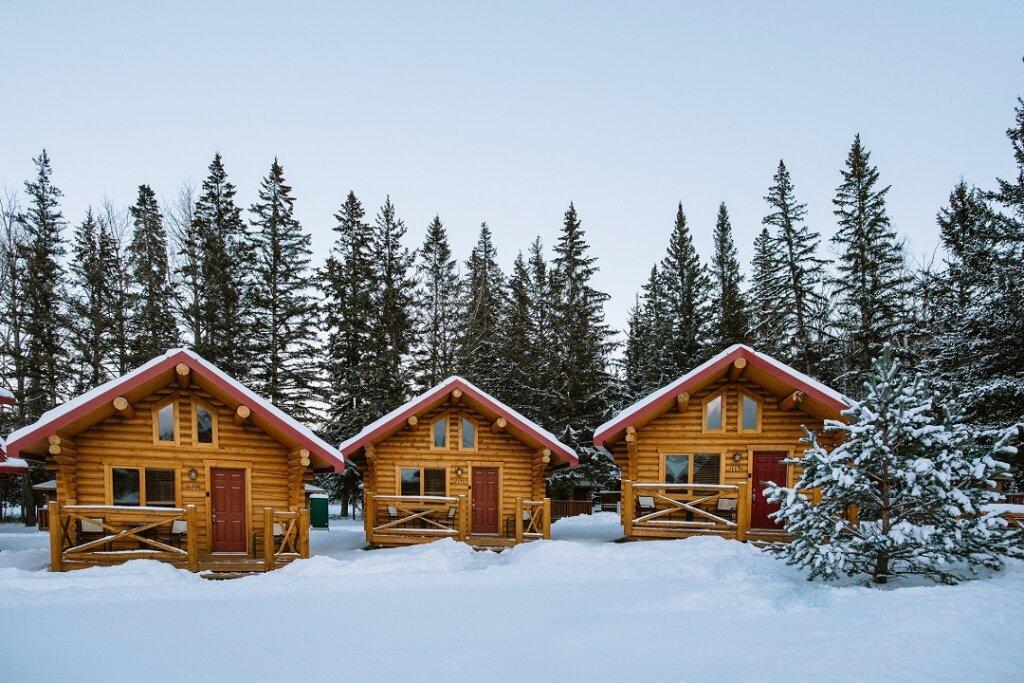 pocahontas cabins in Jasper in winter