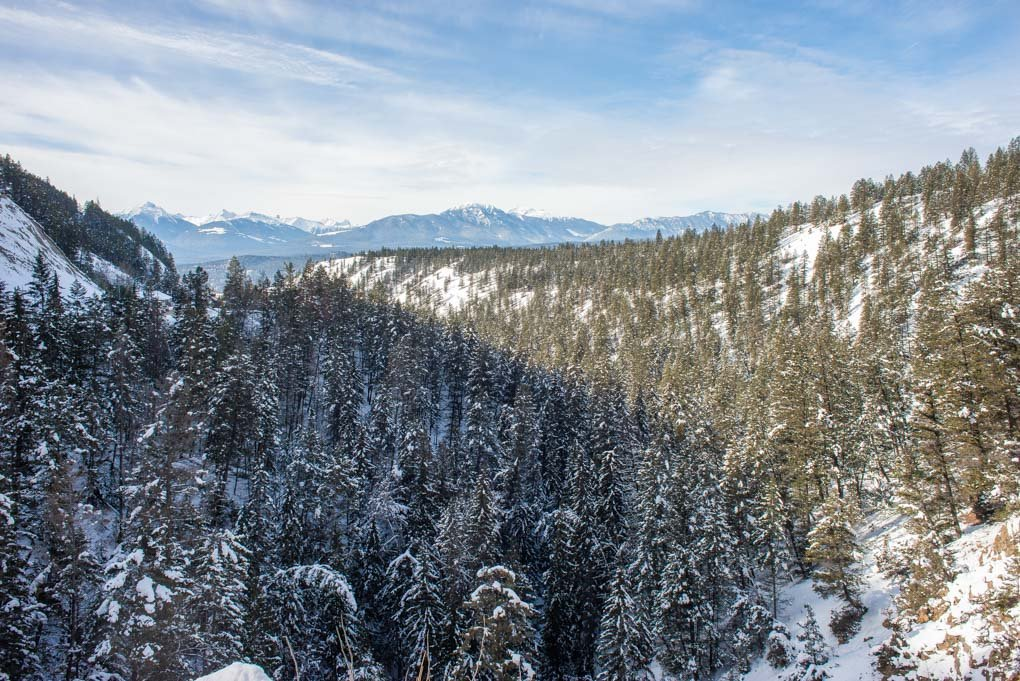 A view over Sinclare Canyon, Radium