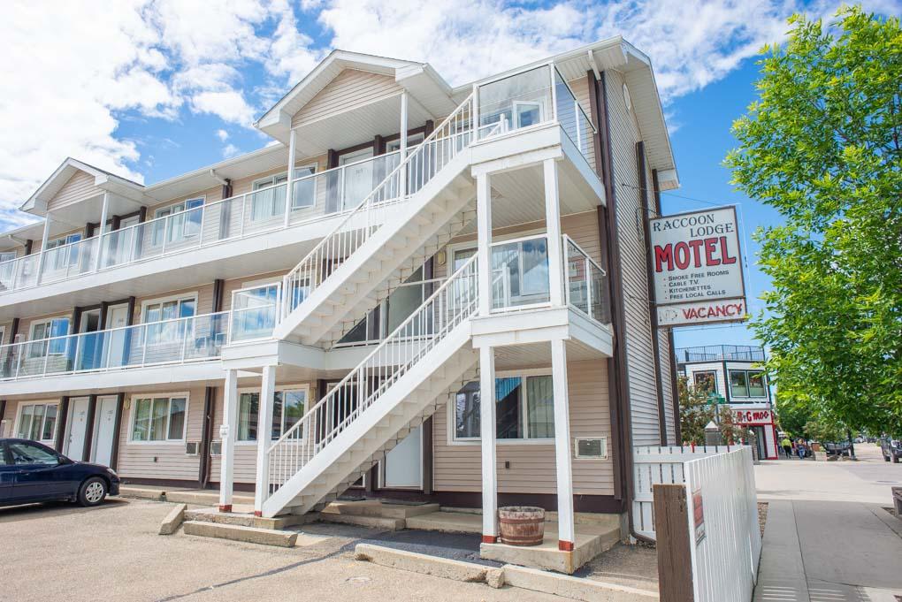 motel in Sylvan Lake, Alberta
