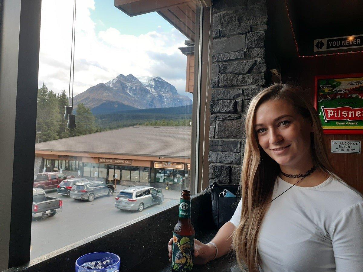 10 BEST Restaurants in Lake Louise