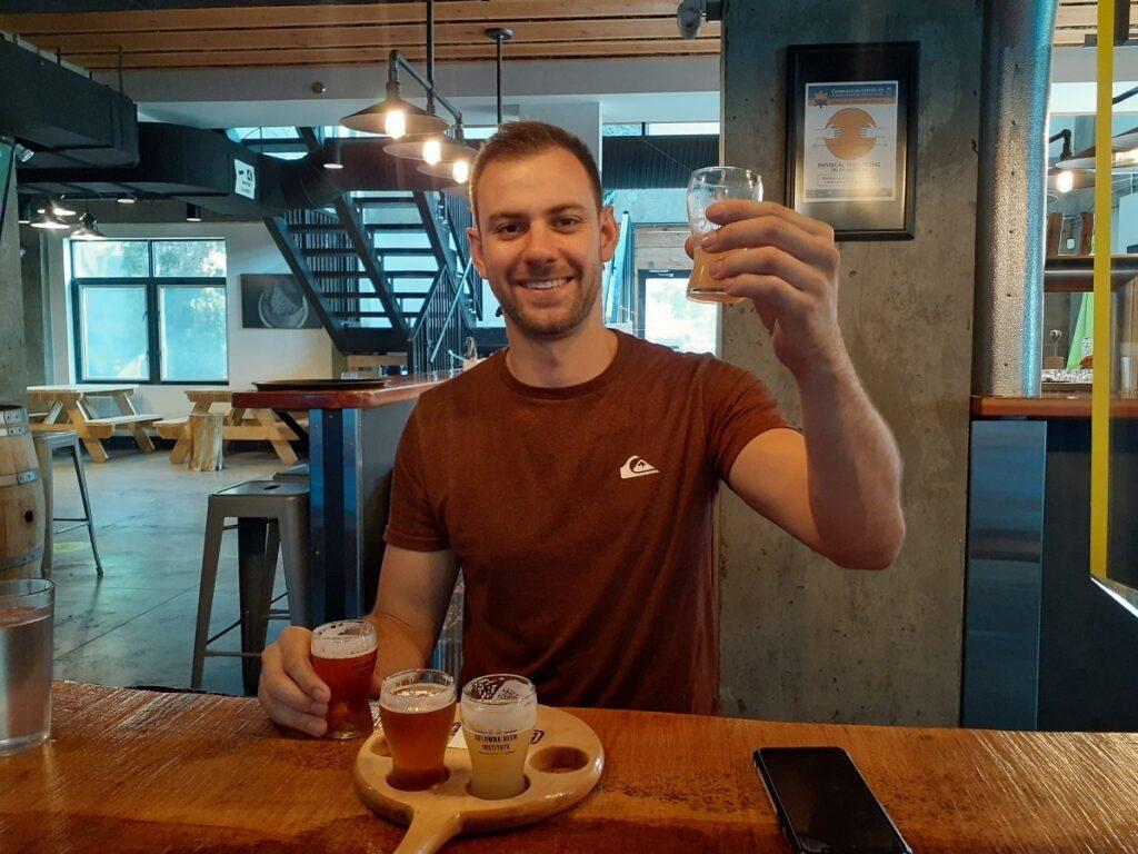 man trying beers at the Kelowna Beer Institute