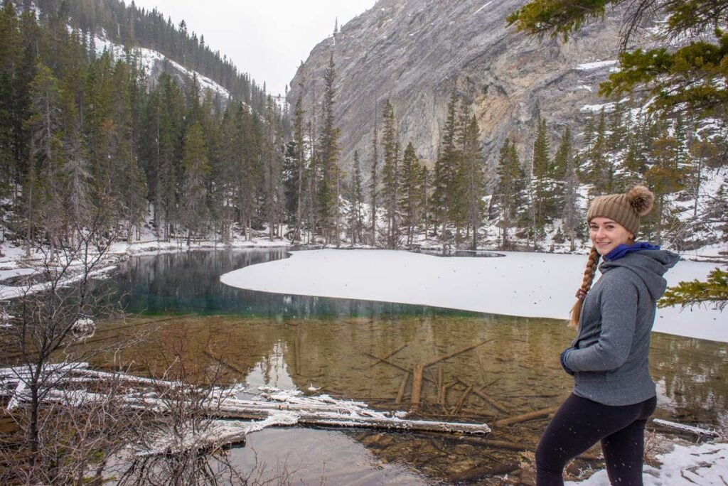Hiking at Grassi Lakes in winter